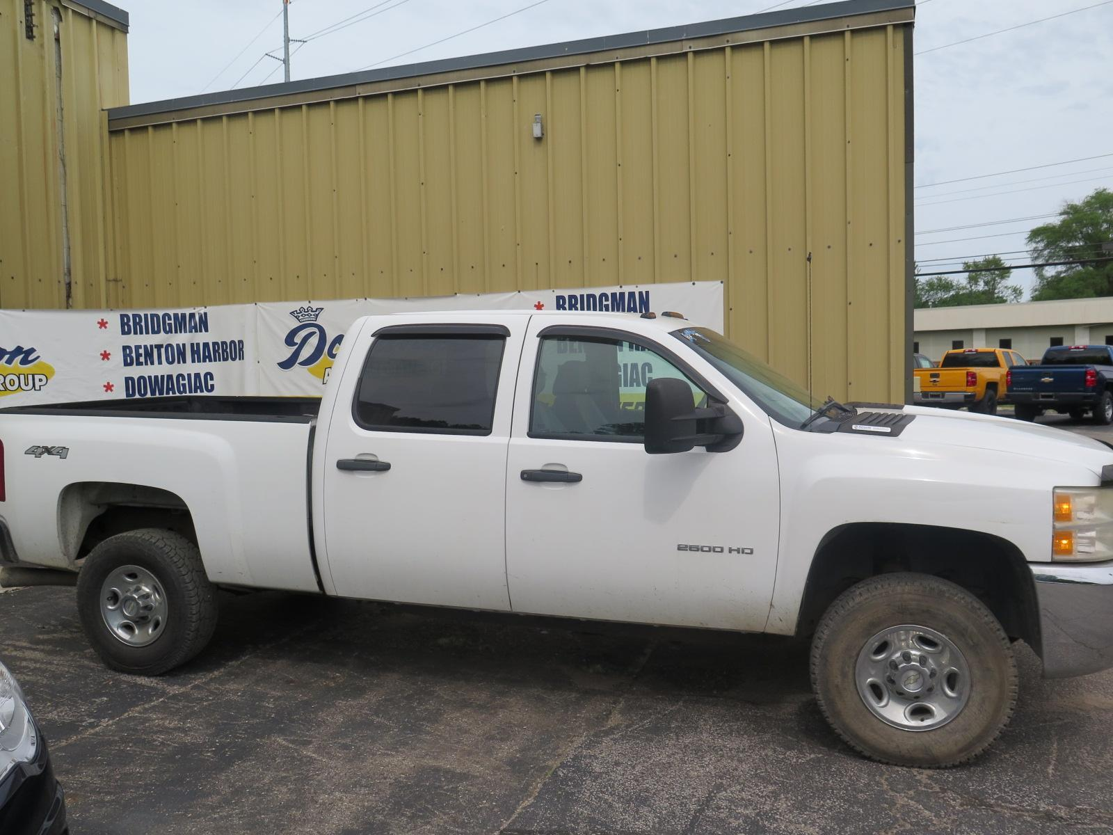 Pre-Owned 2010 Chevrolet Silverado 2500HD Work Truck