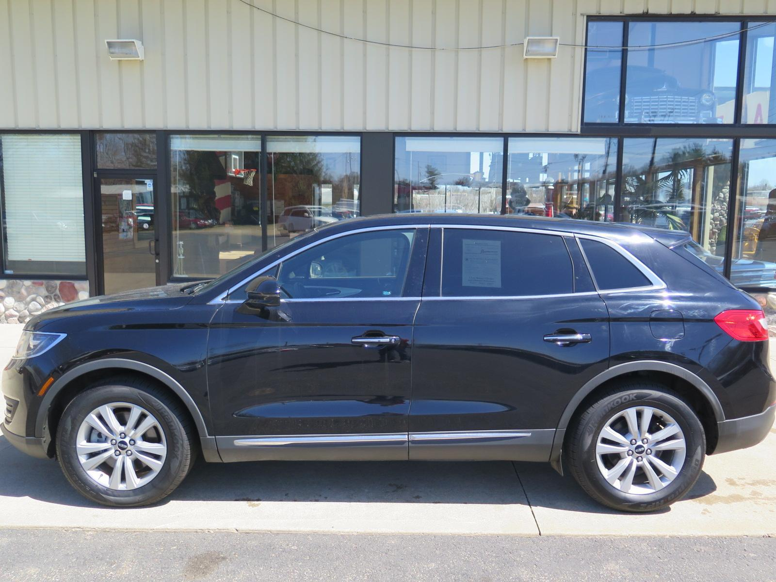 Pre-Owned 2017 LINCOLN MKX Premiere