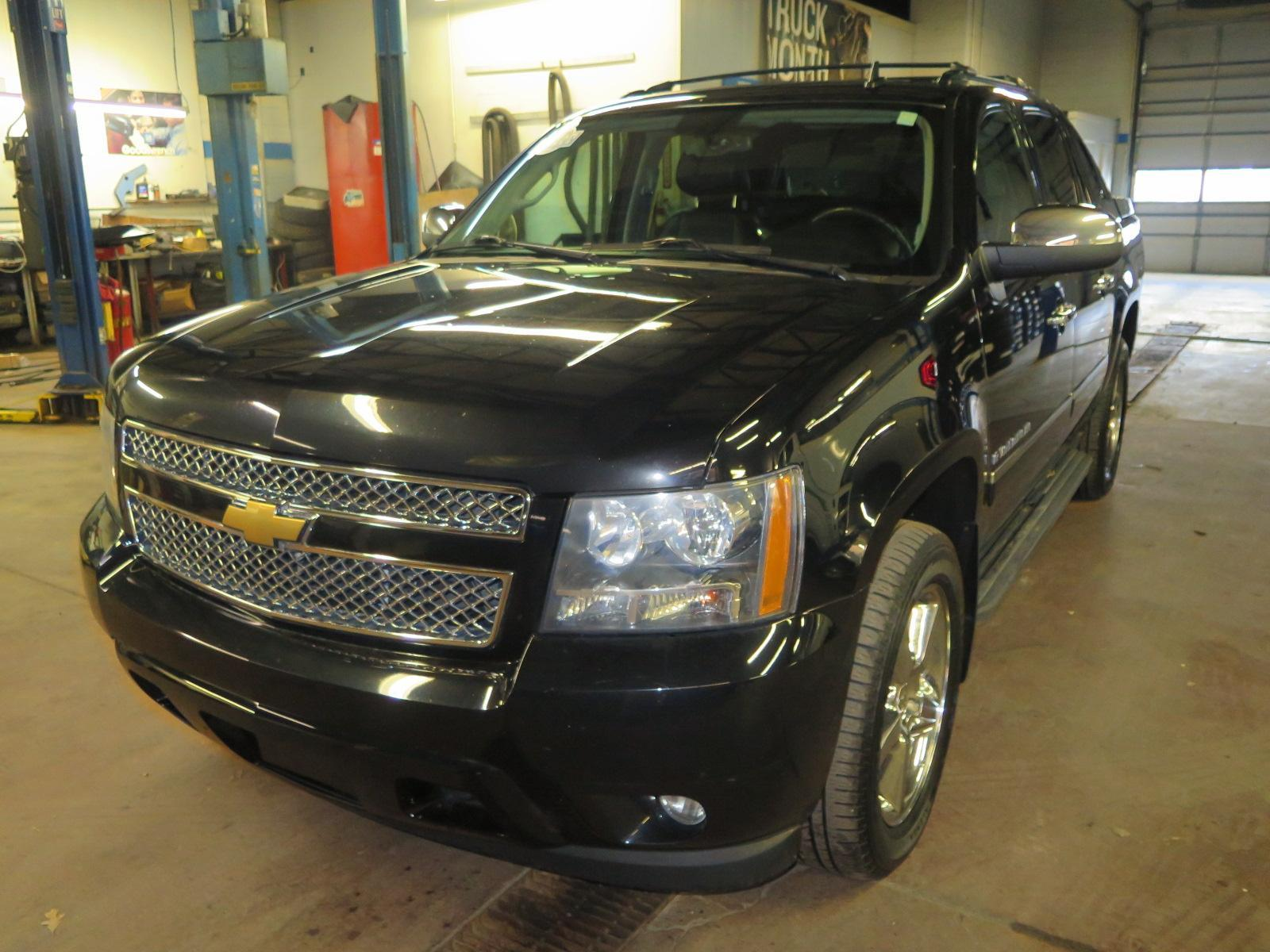 Pre-Owned 2013 Chevrolet Avalanche LTZ